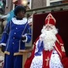 Schoorsteenpieten bij landelijke Sinterklaasintocht 2015